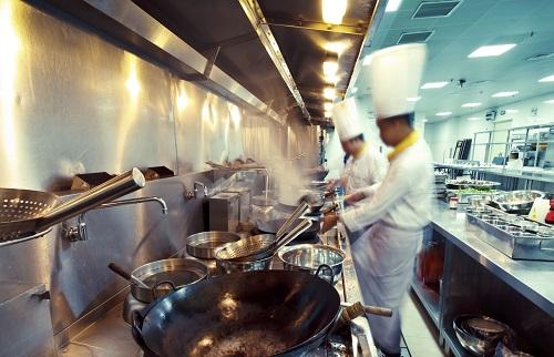 「おいしい」を自在に表現!世界を舞台にする調理師のお仕事