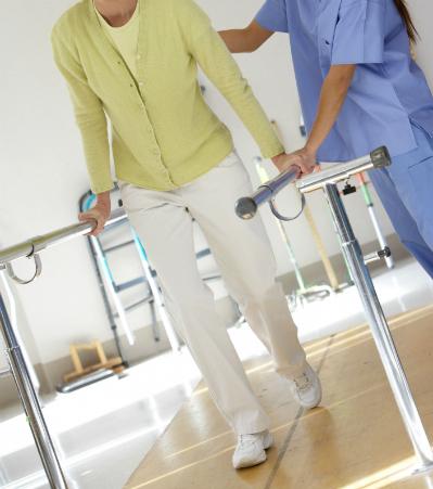患者さんのリハビリをサポートする心強い味方「理学療法士」
