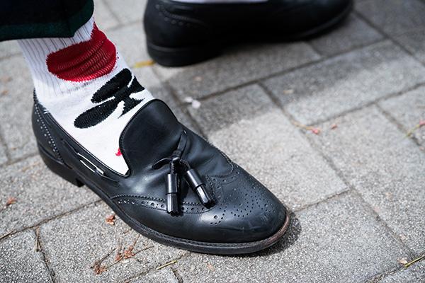 トランプ柄の靴下でポイント付け