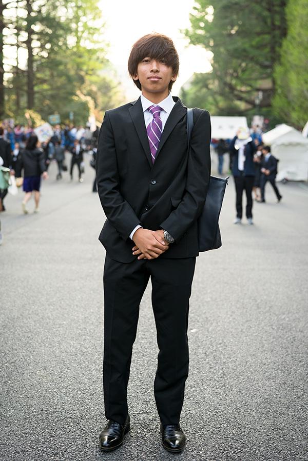 入学 式 スーツ 大学生