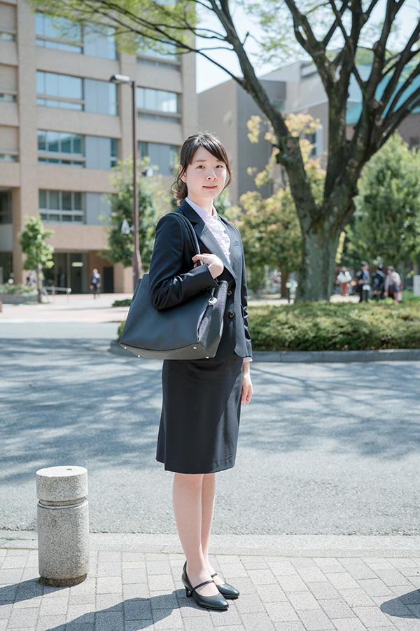 入学 スーツ 大学 女子 式