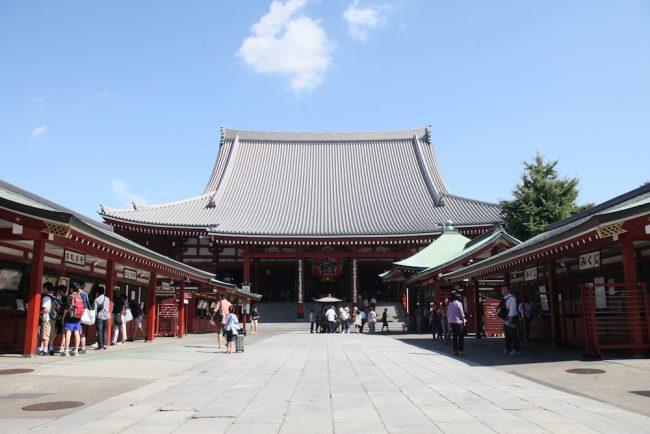 古き良き日本を感じられる「浅草寺」