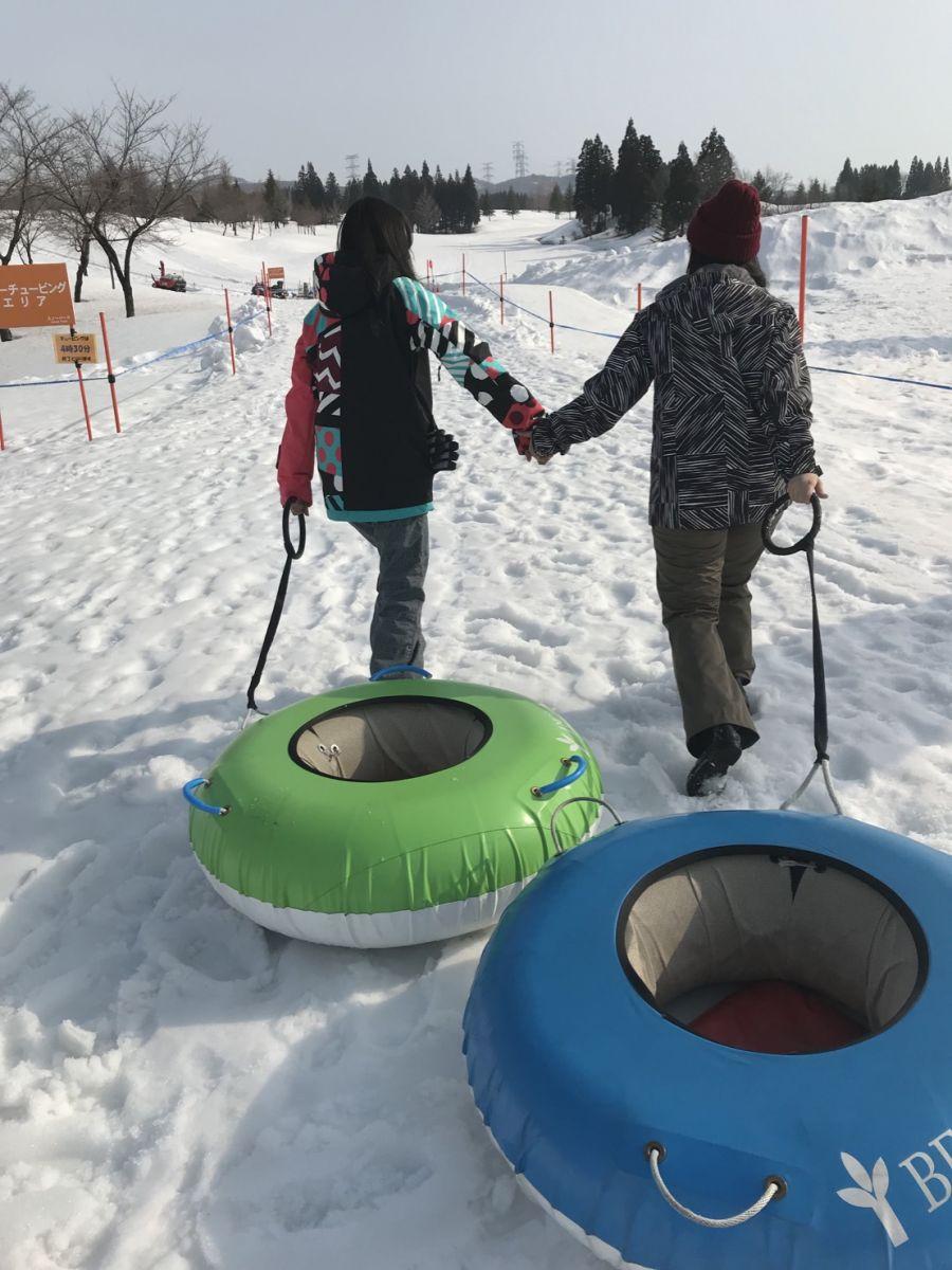 卒業旅行でスノーボードデビュー