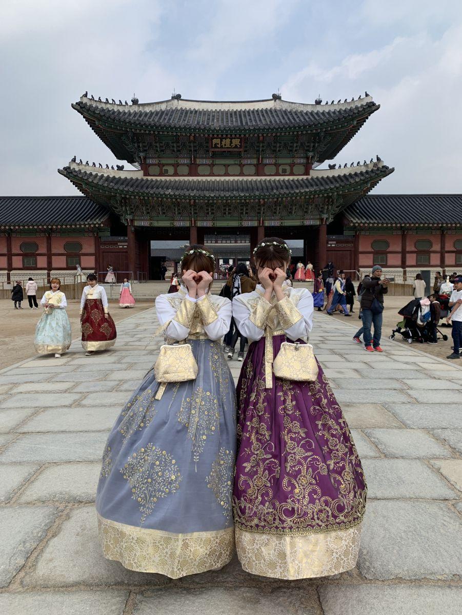 景福宮に行ったら、チマチョゴリを着て記念撮影するのが人気