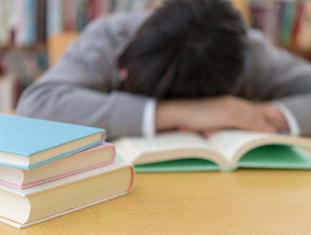 やる気アップ術3:仮眠や気分転換をして、脳をリフレッシュさせる