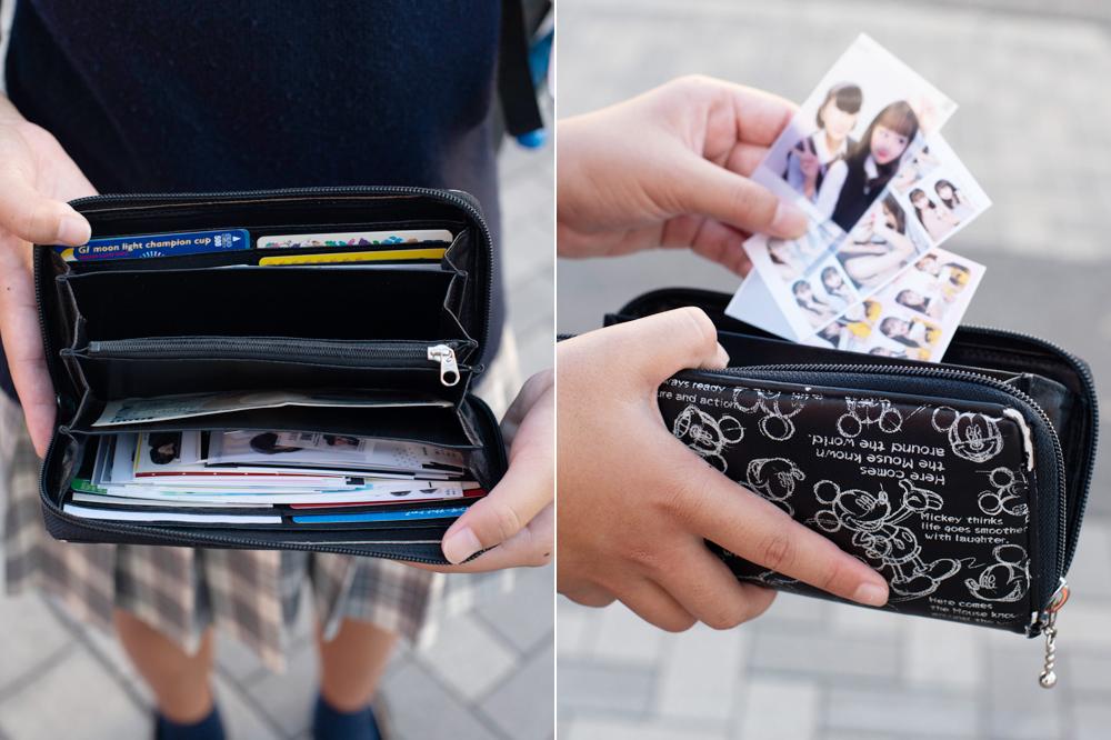プリクラもたくさん入る財布