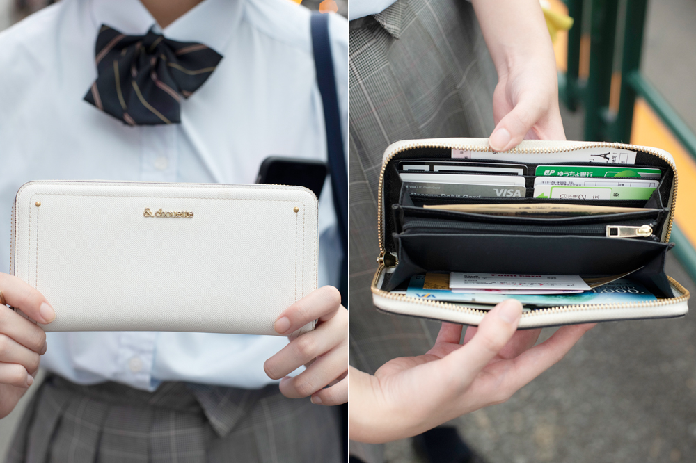 【シンプル】単色で飽きのこない超シンプル財布も人気!