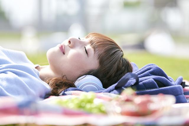 緊張 すると 眠く なる なぜ緊張すると、手足が冷えるのか。
