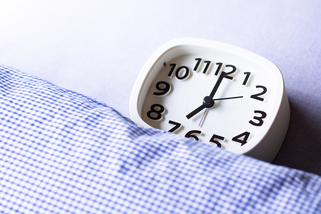 緊張して眠れないときも大丈夫! 眠くなる方法
