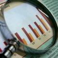 法、経済、経営などの社会科学系学部の志願者数が激減